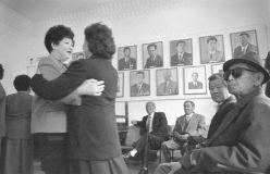 """Viktor An  (Usbekistan)  Aus der Serie """"Der alte Klub""""  1993  Fotografie  © Viktor An"""